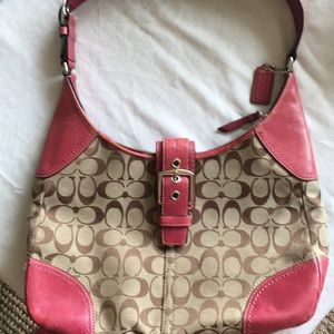 Coach Purse Salmon-Pink in color